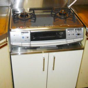 大阪府豊中市K様 110-R180 大阪ガス製テーブルコンロとPAKGA060CSK ナスラック製コンロ台の交換