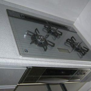 大阪府枚方市H様 C3WG7PWAV5STD ハーマン製ビルトインコンロの取替交換工事